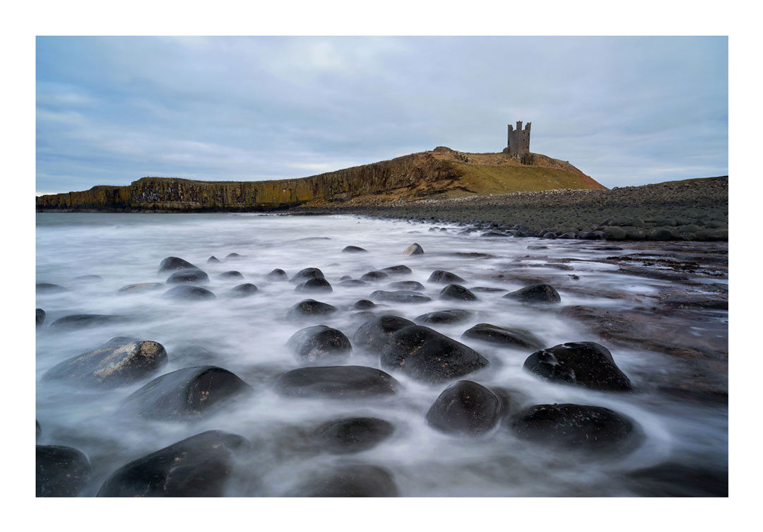 Dunstanburgh Castle, Embleton Bay