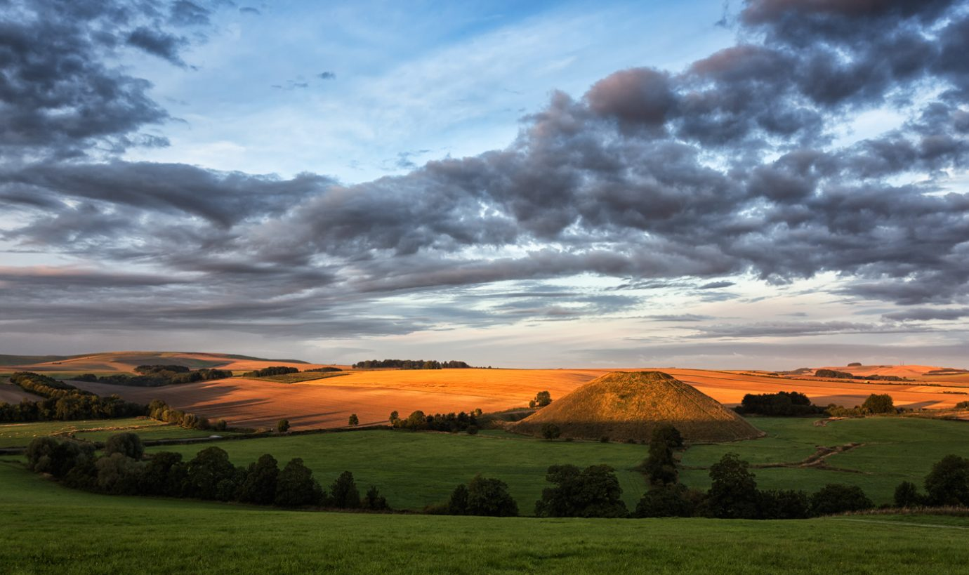 Sunrise at Silbury Hill, Wiltshire
