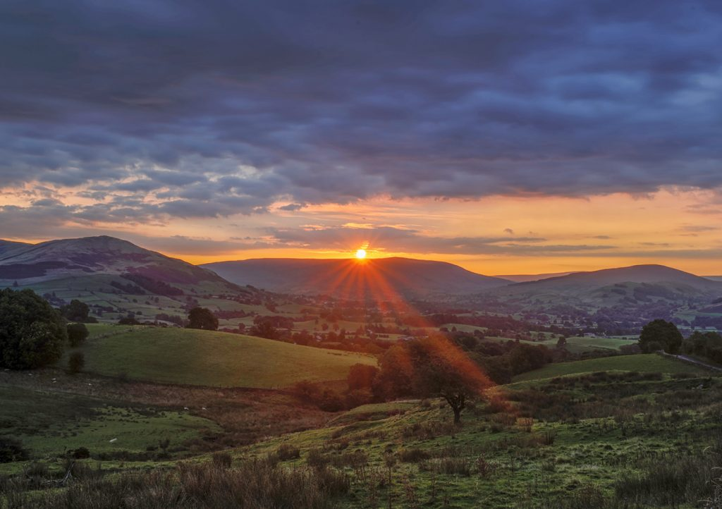 Sunrise over Killington, J37, M6 motorway
