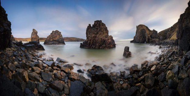 Triaigh Ghearadha (Garry Beach) and the Caisteal a' Mhorair Sea Stacks, Isle of Lewis, Outer Hebrides, Scotland