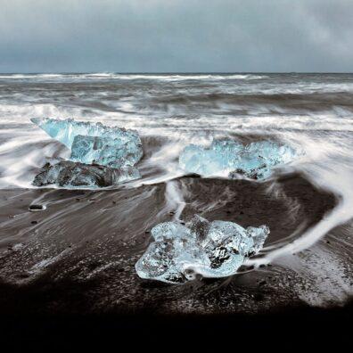 Icebergs, Diamond Ice Beach, Jökulsárlón, Iceland