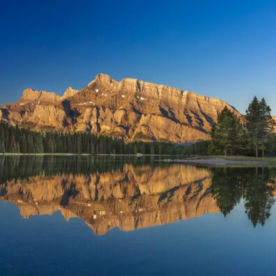 Mt Rundle & Two Jack Lake, Banff National Park, Canadian Rockies. Anne Strickland Photography