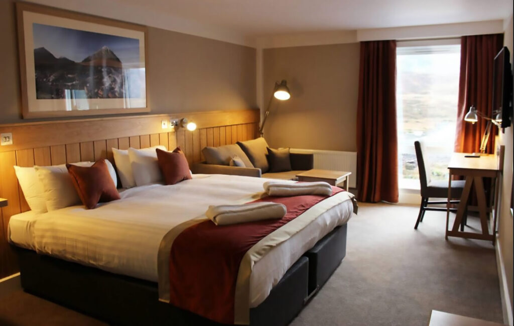 Kingshouse Hotel Standard Room, Scotland, Melvin Nicholson Photography Landscape Photography Workshops
