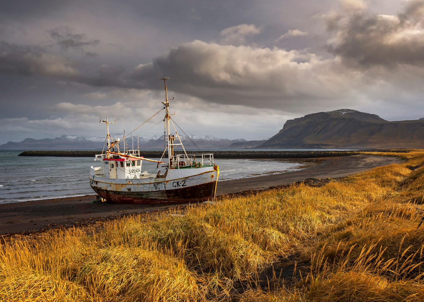 Beached, Rif, Iceland